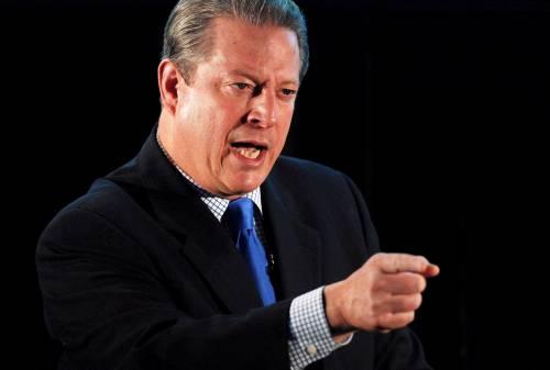 Il Nobel per la pace<br /> ad Al Gore<br /> divide i democratici