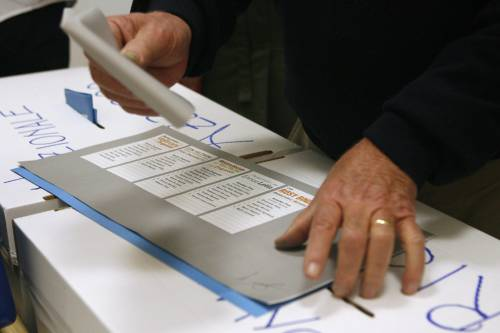 """Forza Italia: """"Poco realistici i dati sulle primarie della sinistra"""""""