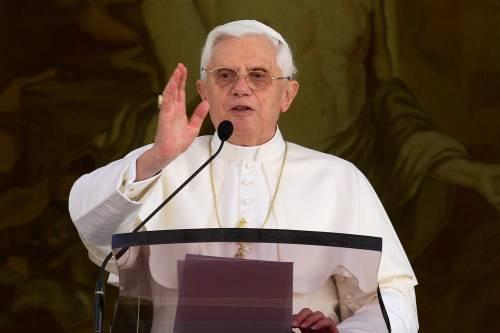 Il Papa: &quot;La fame nel mondo <br /> viola la dignità dell'uomo&quot;