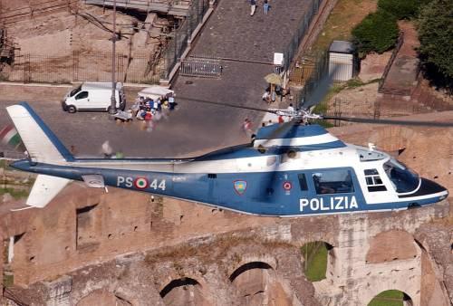 Roma, cade elicottero della polizia:2 morti