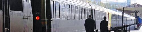 I ferrovieri paralizzano la Francia ma per i sondaggi ha vinto Sarkozy