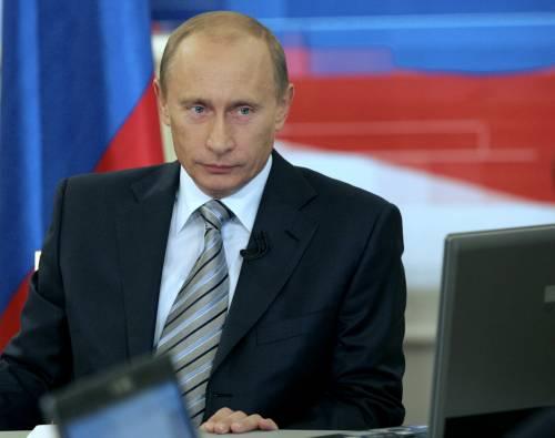 """Putin: """"Prepariamo le nuove atomiche"""""""