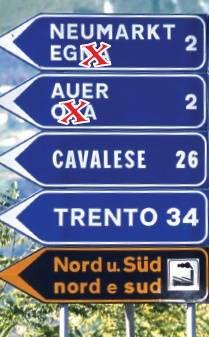Prove di secessione, Bolzano cancella 8mila   nomi in italiano