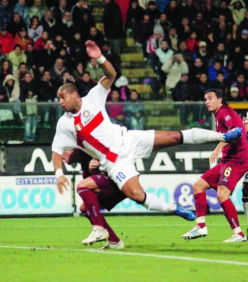 Adriano in gol dopo 187 giorni dà all'Inter 3 punti per la fuga