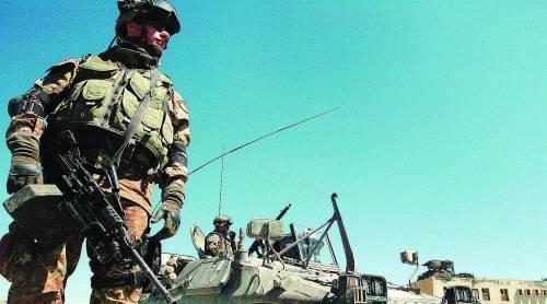 Niente mezzi per i soldati italiani: così la Finanziaria aiuta i talebani
