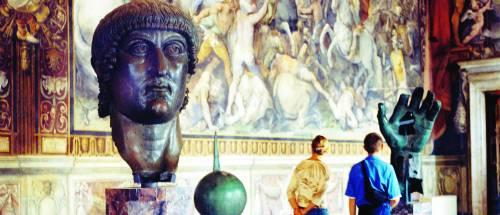 L'arte di perdere soldi: turisti in coda nei musei ma le casse sono vuote
