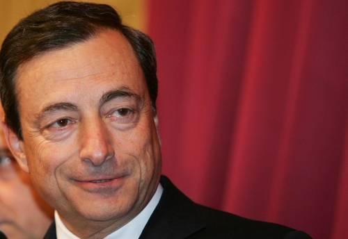 """Draghi: """"Crescano reddito e consumi"""""""