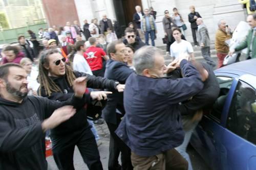Beatificati i martiri spagnoli<br /> Assalto no global, maxirissa