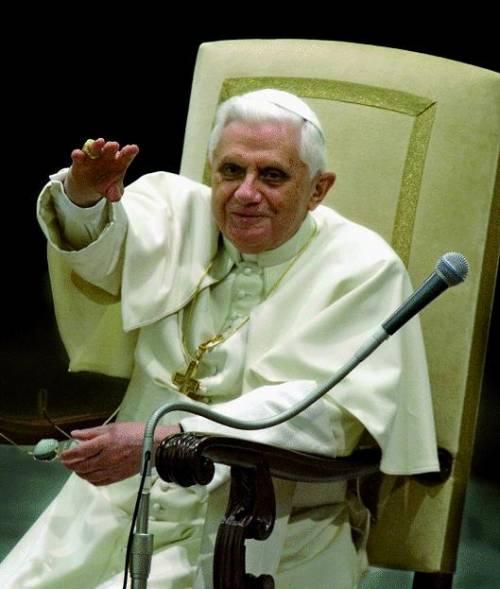 Forza Italia: «Rischio contestazioni durante la visita del Papa in città»
