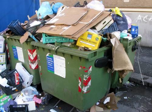 Rifiuti di Napoli a Scarpino, il caso finisce a Bruxelles: esporto per fermarli