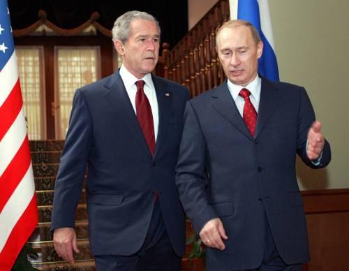 Neanche ballando  alla cosacca Bush riesce  a convincere Putin