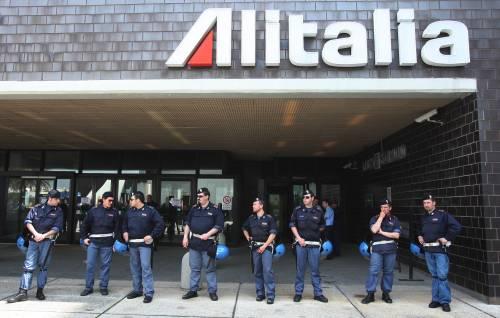 Alitalia, salta il vertice azienda-sindacati