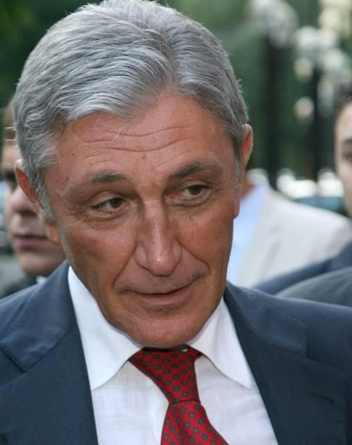 La Campania rinasce: già licenziato Bassolino