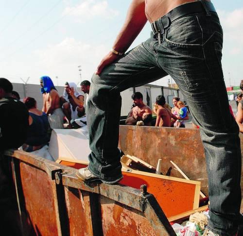 Corsi di autodifesa per i rom: la nuova lotta dei «compagni»