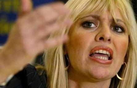 """L'ironia della Mussolini: """"Alfano? Ha una colica"""""""