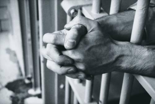 Torino, tragedia in carcere. Agente uccide ispettore
