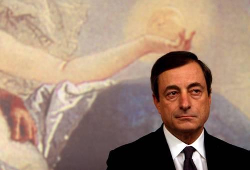 """Allarme Fmi: """"L'Italia è in recessione, ora agire""""  Draghi: """"Ripercussioni su famiglie e imprese"""""""