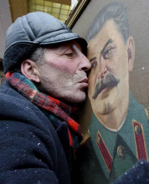 Ora gli ortodossi russi  vogliono fare santo Stalin