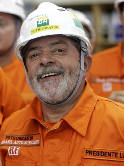 Giustizia secondo Lula:    Battisti resta libero ma  torture agli altri italiani