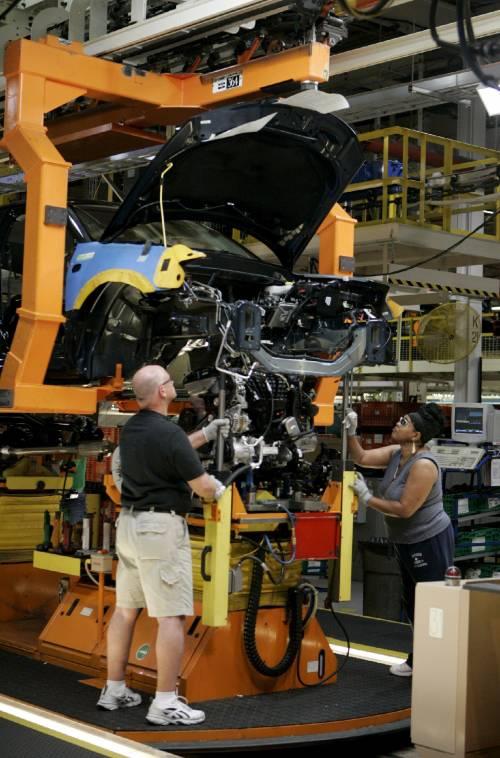 Auto, il mercato riparte con gli incentivi: +0,2%