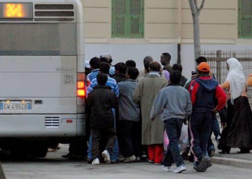 """Vendola: """"Autobus per immigrati? Da abolire"""""""