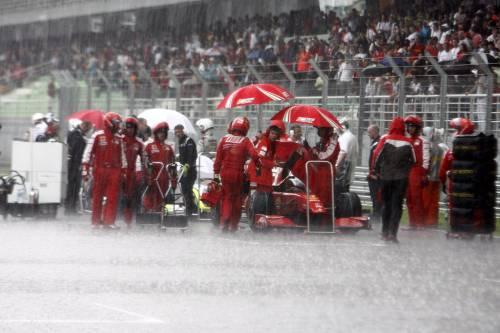 F1, (ri)vince Button  su Brawn: gara  dimezzata dalla pioggia