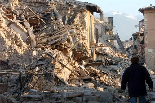 """Onna, il borgo fantasma  cancellato dal terremoto:  """"Nessun edificio in piedi"""""""