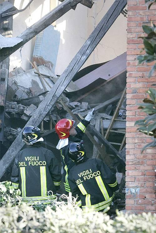 Esplode una palazzina: un morto a Treviglio
