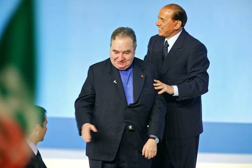 """Berlusconi: """"Don Gianni, il consigliere che ascoltavo di più"""""""