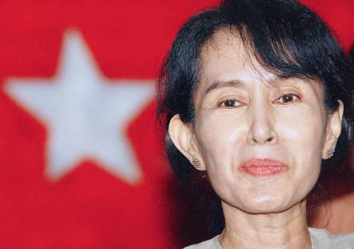 Sta male San Suu Kyi l'eterna prigioniera