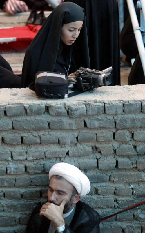 """Usa Paese non ostile""  Teheran libera la Saberi"