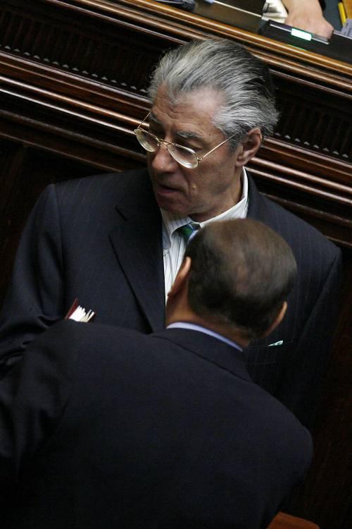 """Quirinale: """"Xenofobia"""". Berlusconi: """"Non da noi"""""""