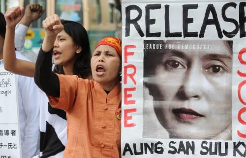 Processo San Suu Kyi:   aperto ai giornalisti