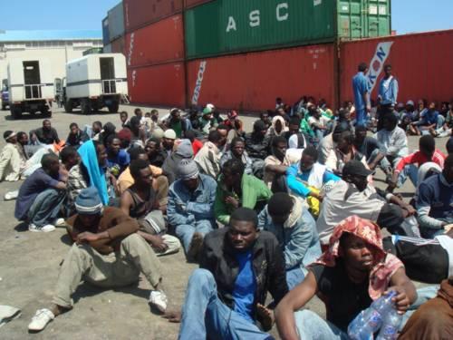 Immigrazione, la Cei:<br /> &quot;I respingimenti sono<br /> una via di fame e morte&quot;