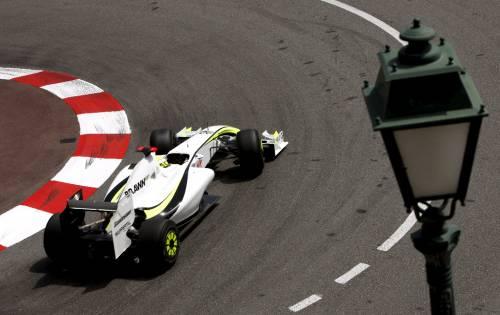Monaco, Button re delle pole  Raikkonen beffato: è secondo