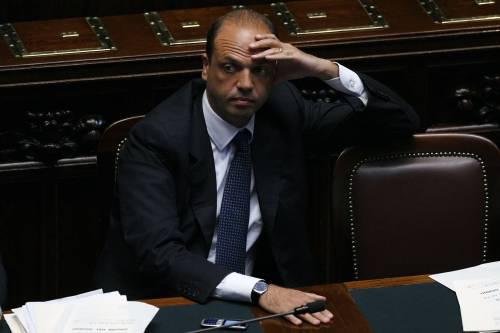 """Intercettazioni, dalla Camera un sì alla fiducia  Anm: """"Così muore la giustizia penale in Italia"""""""