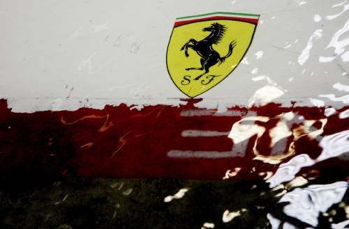 """I team: """"F1 alternativa""""  Mosley: ora azioni legali"""