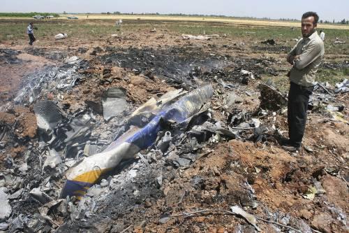 Iran, aereo esploso in volo  Tutti morti i 168 a bordo