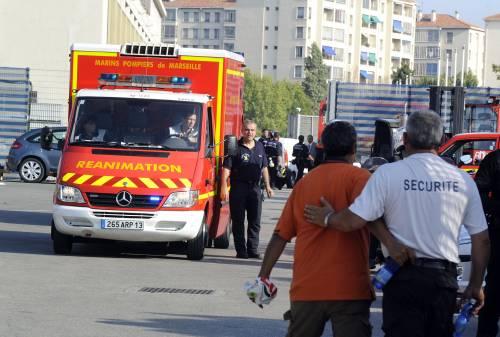 Marsiglia, crolla una gru  del concerto di Madonna:  un morto e 2 feriti gravi
