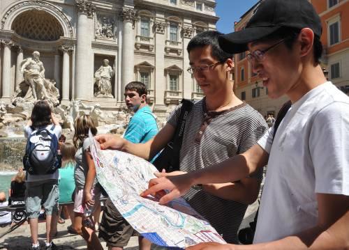 """Roma, giapponesi in fuga:  """"Truffe e servizi scadenti"""""""