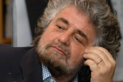 """Grillo si arrende: """"Annullata l'iscrizione al Pd"""""""