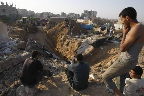 Gaza, raid aereo israeliano su Rafah: 4 morti