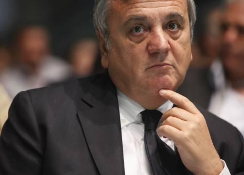 """Salari, Sacconi chiude: """"Tasse zero? Un sogno"""""""