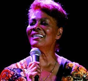 Bordighera La voce  di Dionne Warwick apre il «Jazz & Blues»