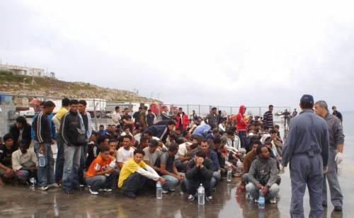 """Unchr all'Italia: """"Stop ai respingimenti in Libia""""  E l'Ue: """"Condizioni inaccettabili per i rifugiati"""""""