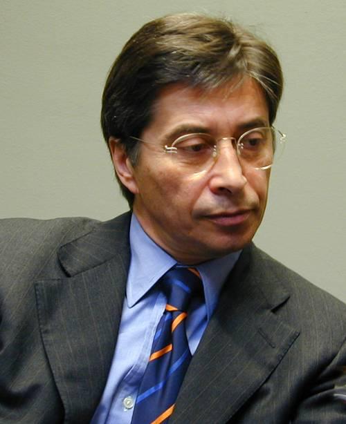 """Finanziaria, pil a -5%  Tremonti: no altro deficit  Regioni: """"Niente tavolo"""""""