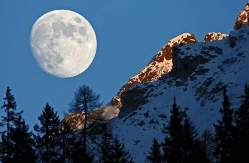 C'è acqua sulla Luna: le prove