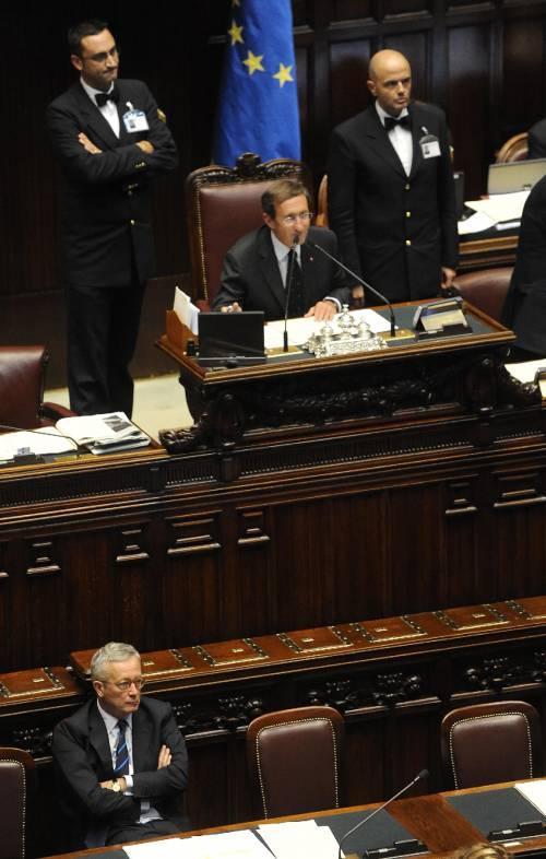 Scudo fiscale, la Camera  dà il via libera alla fiducia  Banche, l'ira di Tremonti