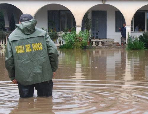 Maltempo sul Sud: una vittima  nel Foggiano, forti i disagi alle Eolie