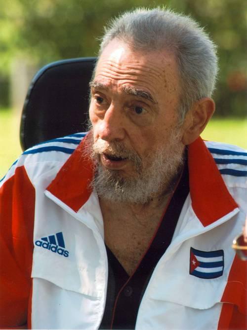 """Fidel Castro: """"Aids e influenza A?  Da noi li portano gli americani"""""""